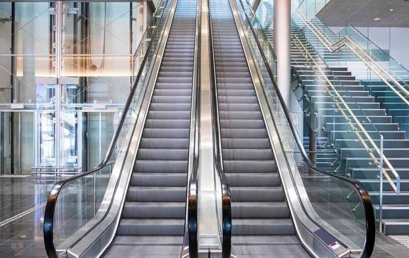 Saiba mais sobre o transporte e instalação da escada rolante