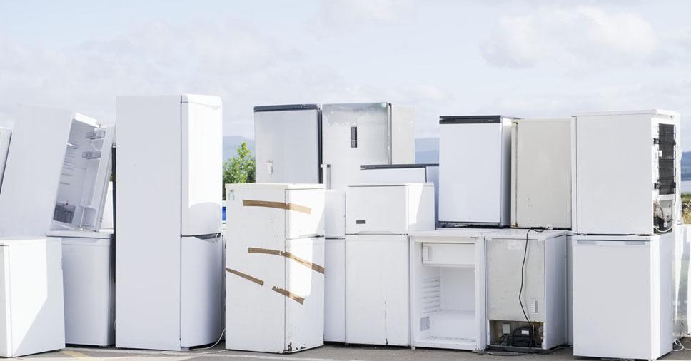 Transportar geladeira deitada é erro grave
