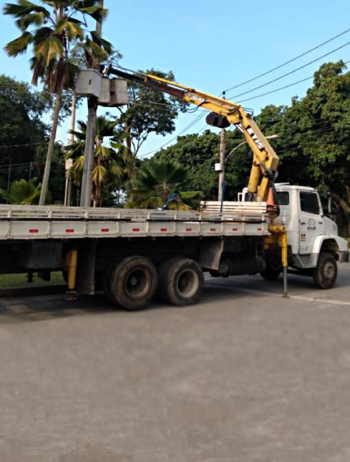 Locação de caminhão munck - Etis