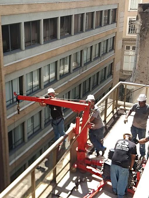 Empresa profissional - Transporte Vertical - Etis